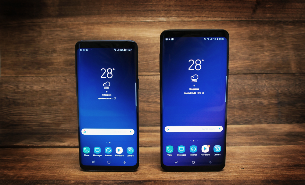 The Samsung Galaxy S9 and S9 Plus use a low-security 2D face recognition system.