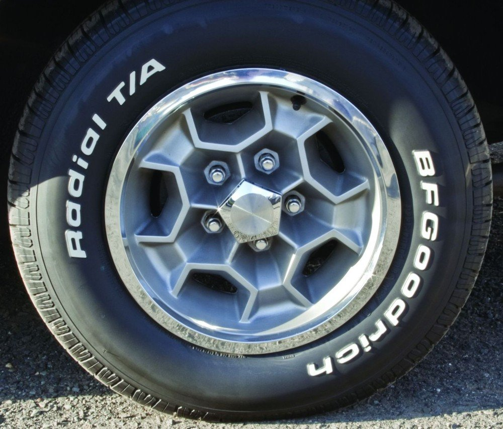 image 3 of 13 photo courtesy matthew litwin honeycomb wheels were optional  [ 1000 x 854 Pixel ]