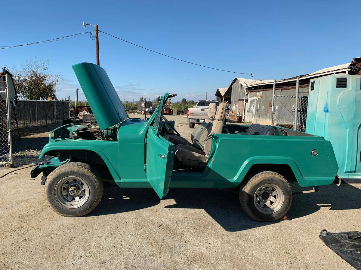medium resolution of 1969 jeep commando jeepster