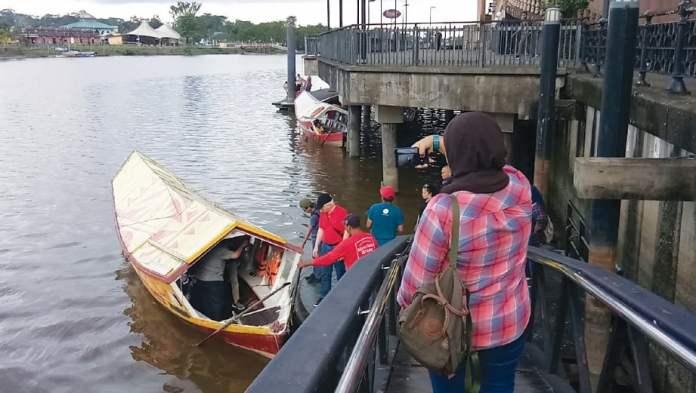 MENYUSURI Sungai Sarawak. FOTO Ihsan Kumpulan Media STB