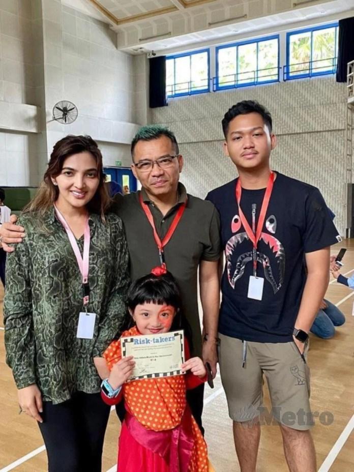 ANANG dan Ashanty bersama dua anak.