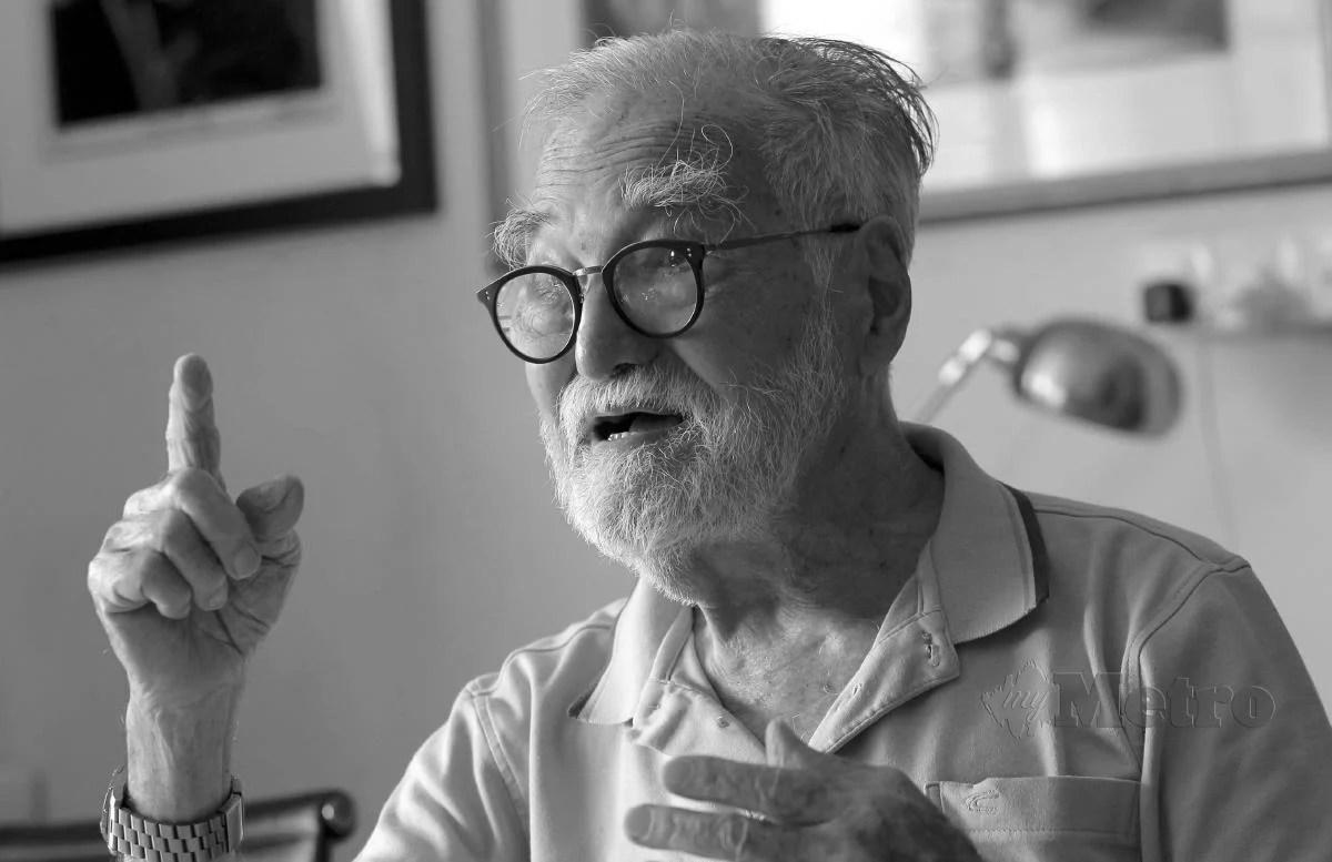 News:oyal Professor Ungku Aziz dies, aged 98