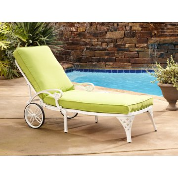 white chaise chair is there a hickory outlet lounge chairs home styles biscayne green apple cushion
