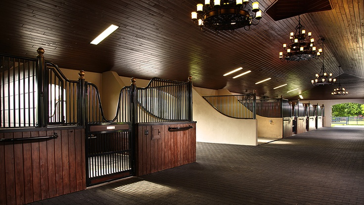 20 Absolutely Breathtaking Barn Aisles Horse Nation