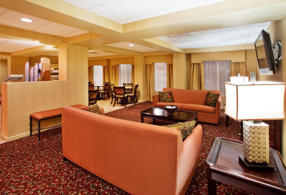 Holiday Inn Express Calhoun Calhoun GA Jobs