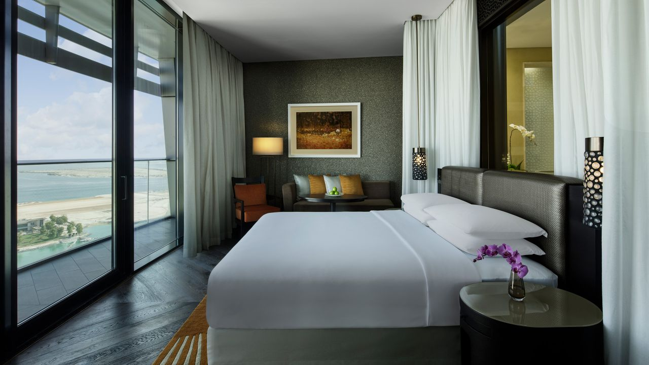 the living room mattress abu dhabi and kitchen design 5 star hotel rooms in grand hyatt king bed with view