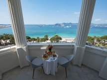 Top Restaurants & Bar Tel Martinez Cannes Hyatt