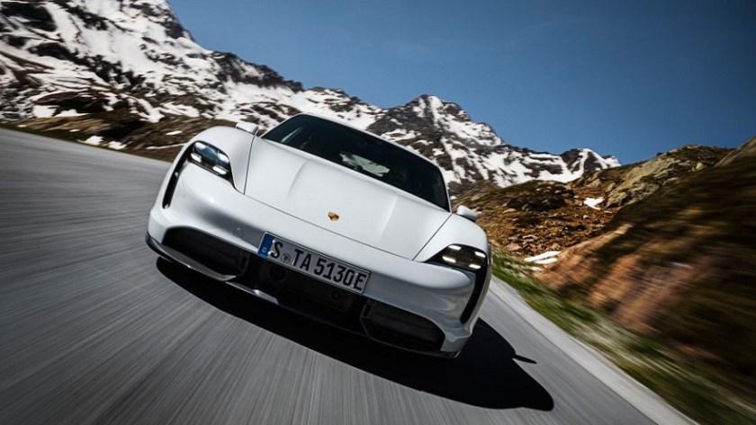 Porsche Taycan, 100% electric.