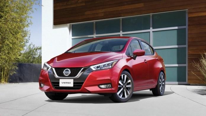 Nissan Versa, disponible en dos versiones con un precio promedio de $1.5 millones.