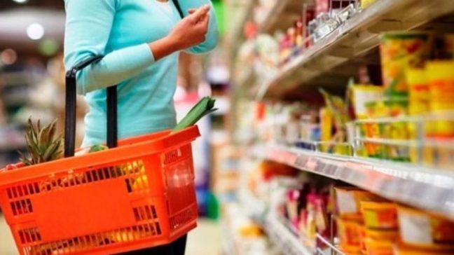 Algo más de un millón y medio de beneficiarios cobrarán este mes la Tarjeta Alimentaria