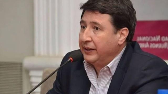 El ministro Daniel Arroyo es el principal impulsor de que el IFE se transforme en un plan de fomento al empleo