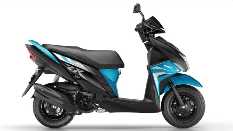Yamaha, with four models in promo.