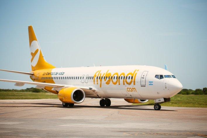 Flybondi nació con base en El Palomar, pero ahora vuela desde Aeroparque.