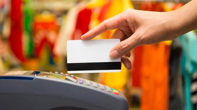 Tarjetas de débito: hasta fin de año siguen los reintegros para los sectores vulnerables.