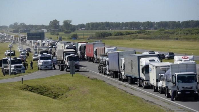 En la Argentina el 90% de las mercaderías se transporta por camiones
