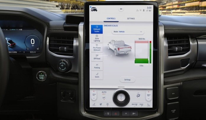 Mucha tecnología para la nueva Ford F150 eléctrica.