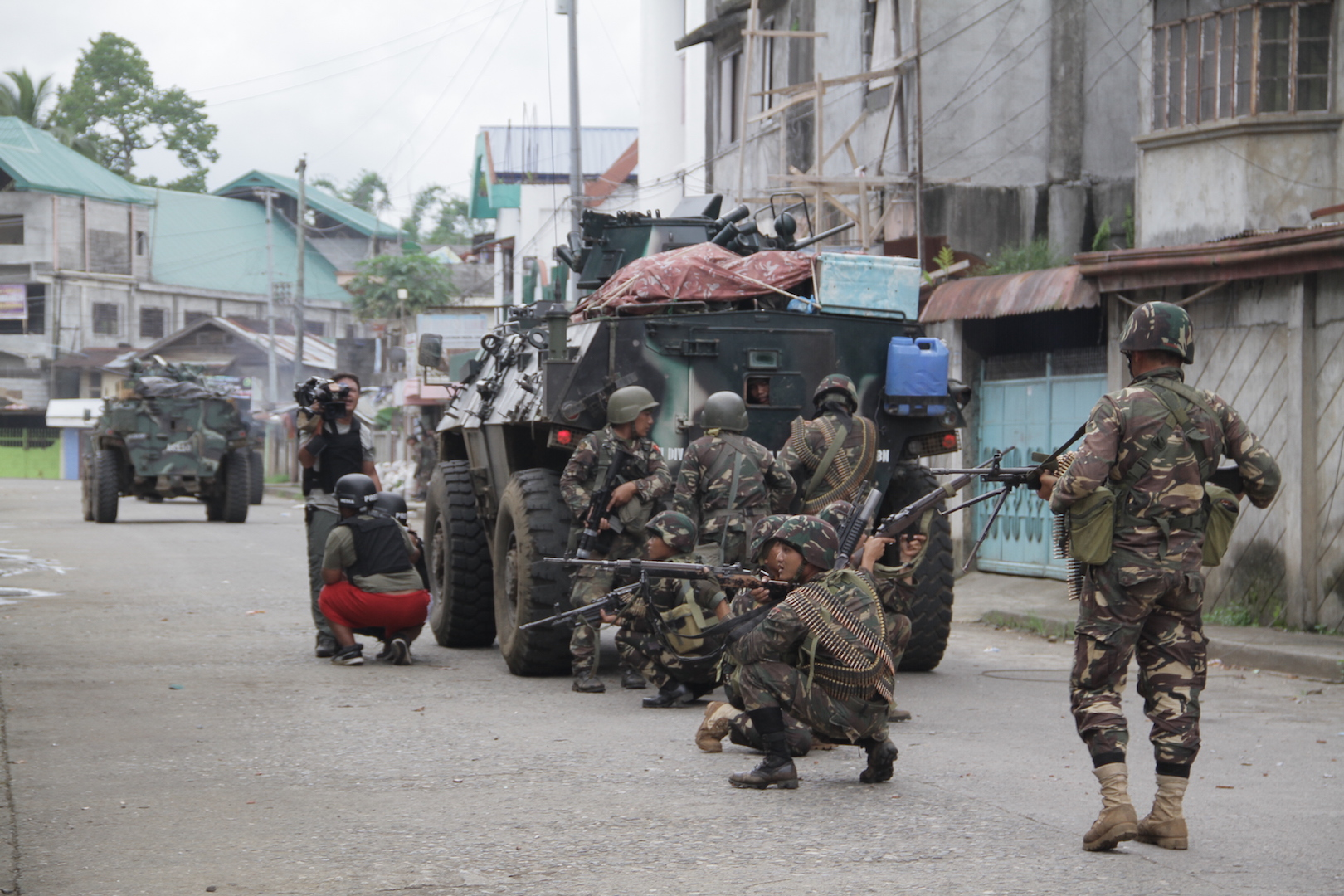 IRIN Inside Marawi Death toll nears 100 as Philippines