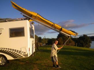 Whanaki kayak unload 1