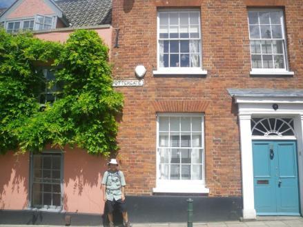 Norwich-walk-1