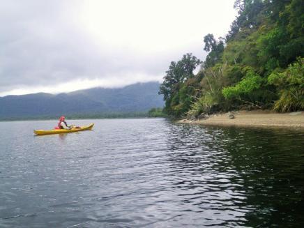 Lake Paringa 3