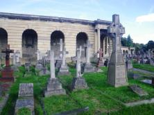 wpid-Brompton-cemetery-archade-for-wall-memorials.jpg