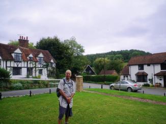 wpid-Chess-Valley-walk-Latimer-village.jpg