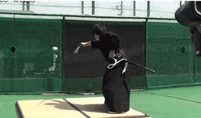 日本超強快刀!「平成武士」斬時速 160 km 棒球! - JUKSY 街星