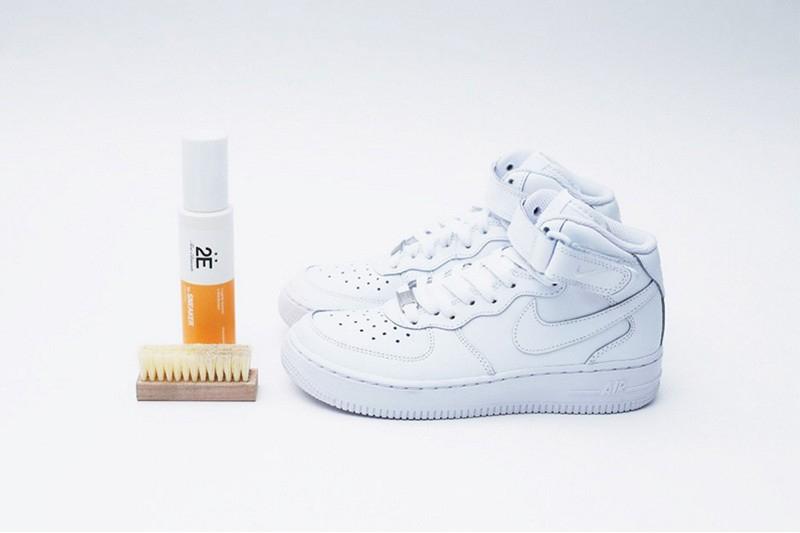 10分鐘即可保護你的白鞋!日本 Amazon 推出「2E」護理球鞋噴霧 - JUKSY 街星