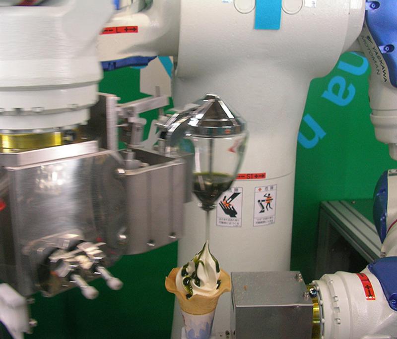 人家的福利超猛!日本公司「機器人冰淇淋販賣機」爆紅 高科技讓網友驚嘆! - JUKSY 街星