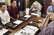 Belajar Kaligrafi Jepang di Asakusa