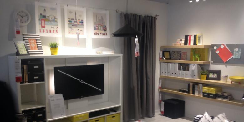 Nih Perbedaan Pengunjung IKEA Serpong dan Courts Bekasi
