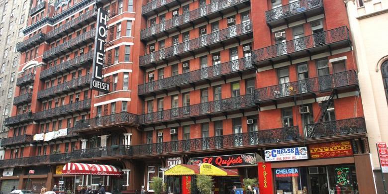 Chelsea Hotel, New York terkenal sebagai tempat tinggal para selebriti da penulis namun juga dikenal horor