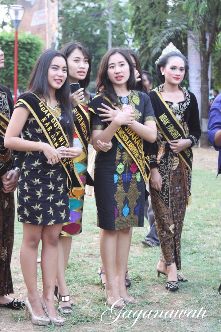 Lirik Lagu Simpang Lima : lirik, simpang, Ingat, Semarang,, Simpang, Halaman, Kompasiana.com