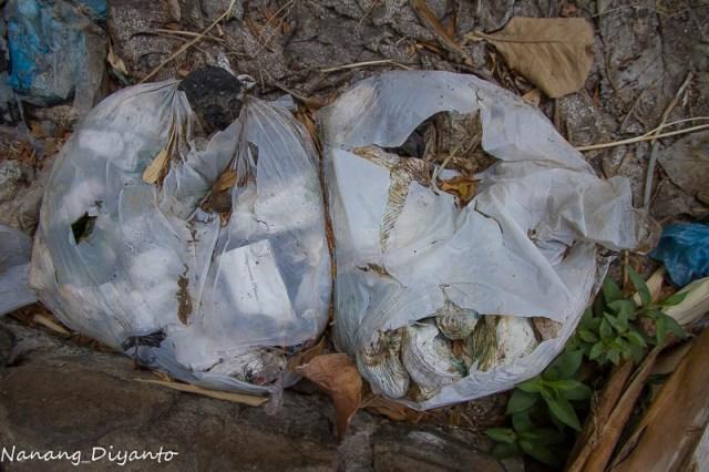 Image result for membuang pembalut