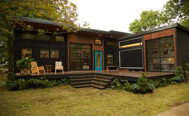Deckwise Hidden Fastener Featured On Tiny House Nation