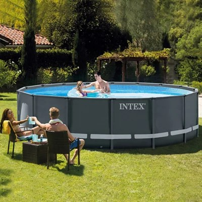 How to choose swimming pools