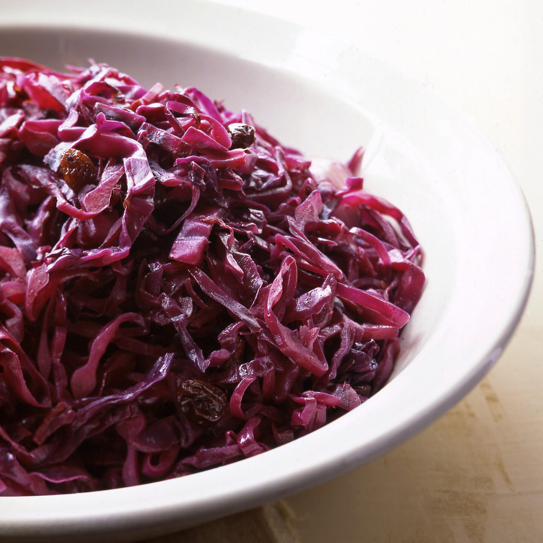 Sauteed Red Cabbage With Raisins