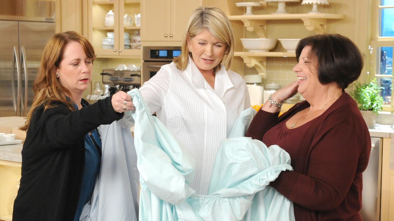 Video Best Way to Fold a Fitted Sheet  Martha Stewart