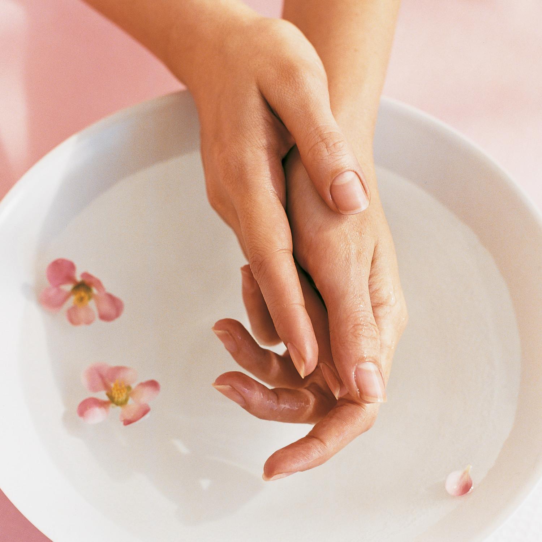 kitchen decor themes 10x10 cabinets diy manicure and pedicure tips | martha stewart