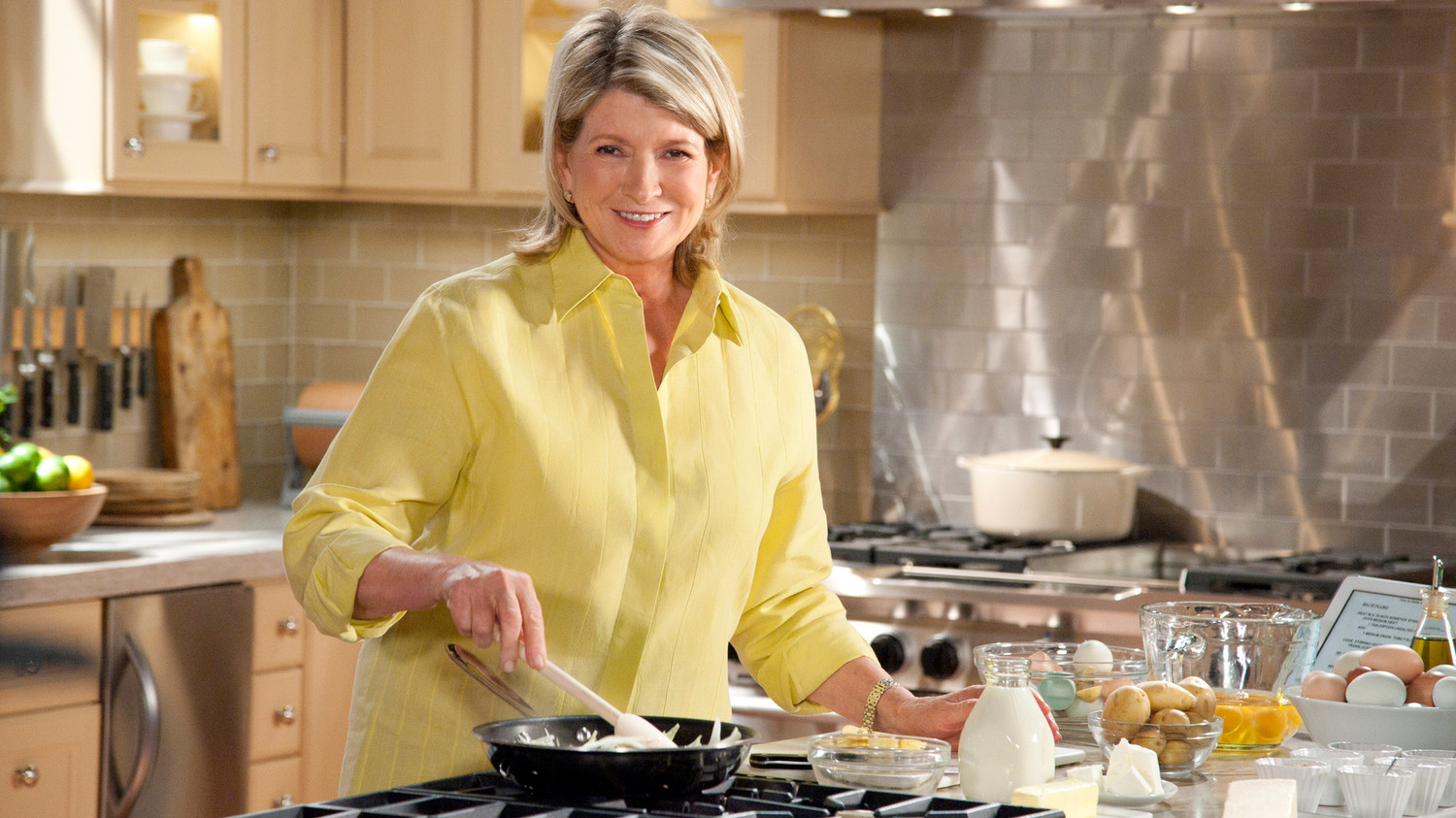 Video Martha Stewarts Cooking School Preview on PBS