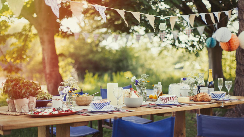 7 Tips Throwing Perfect Garden Party Martha Stewart
