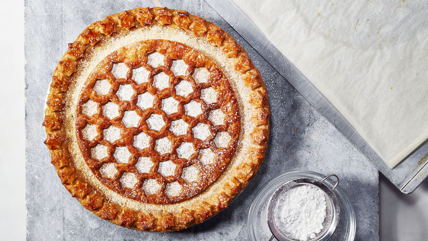 How To Make A Decorative Top Crust For Your Thanksgiving