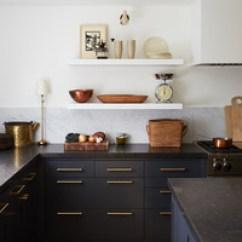Kitchen Paints Rustic Hickory Cabinets 这些是2019年厨房最好的油漆颜色玛莎 斯图尔特 澳门金沙 选择厨房油漆颜色的更多提示