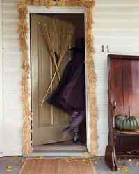 Outdoor Halloween Decorations | Martha Stewart