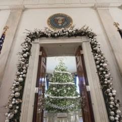 Living Room Decorations Pinterest Center Table Set The White House Christmas Tree Has Officially Arrived ...
