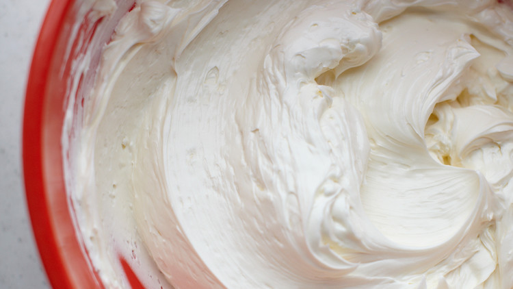 Swiss Meringue Buttercream for Cupcakes