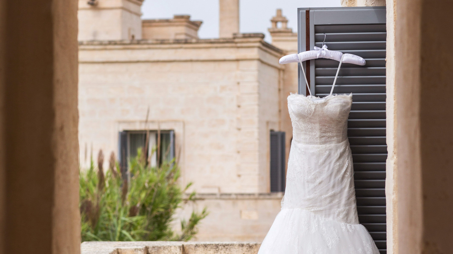 How To Steam Your Wedding Dress—Without Ruining It