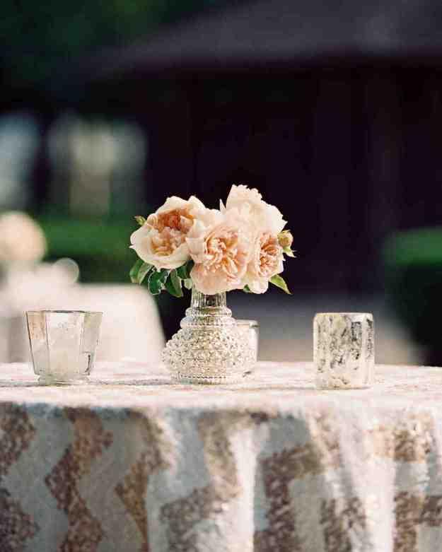 39 simple wedding centerpieces | martha stewart weddings