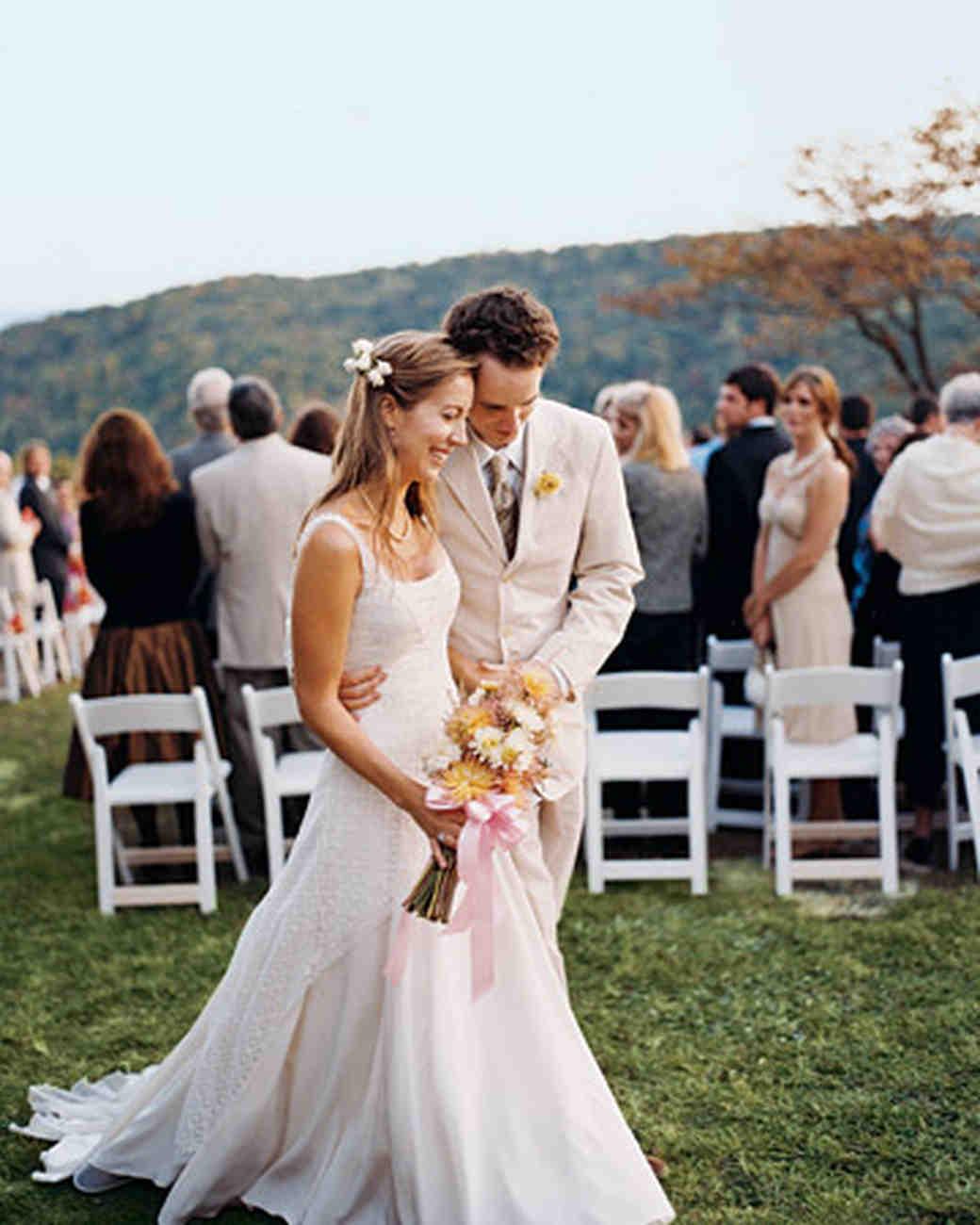 A Vibrant Casual Outdoor Wedding in Tennessee  Martha Stewart Weddings