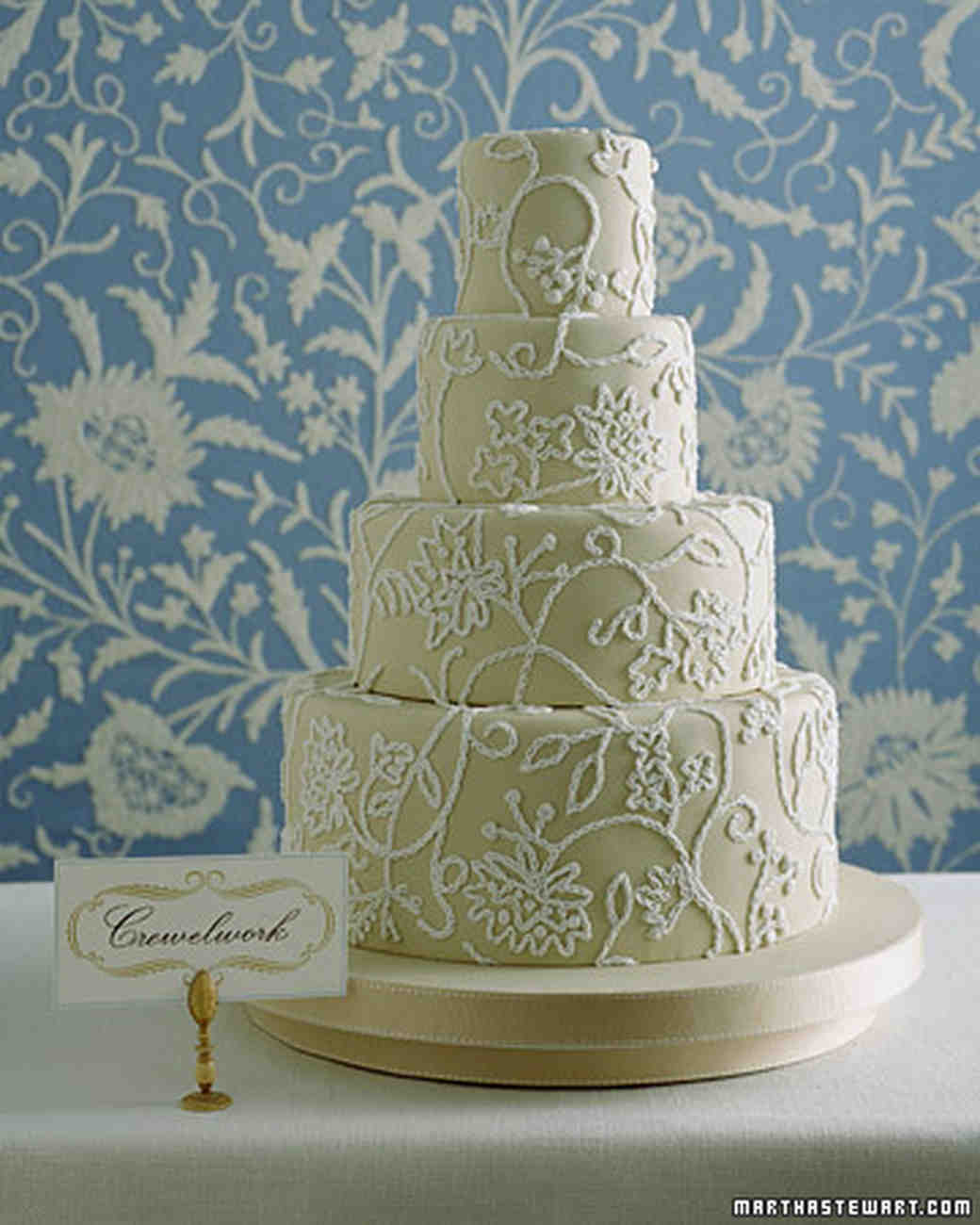 Traditional Wedding Cakes  Martha Stewart Weddings